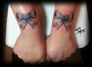 Wrist Bows